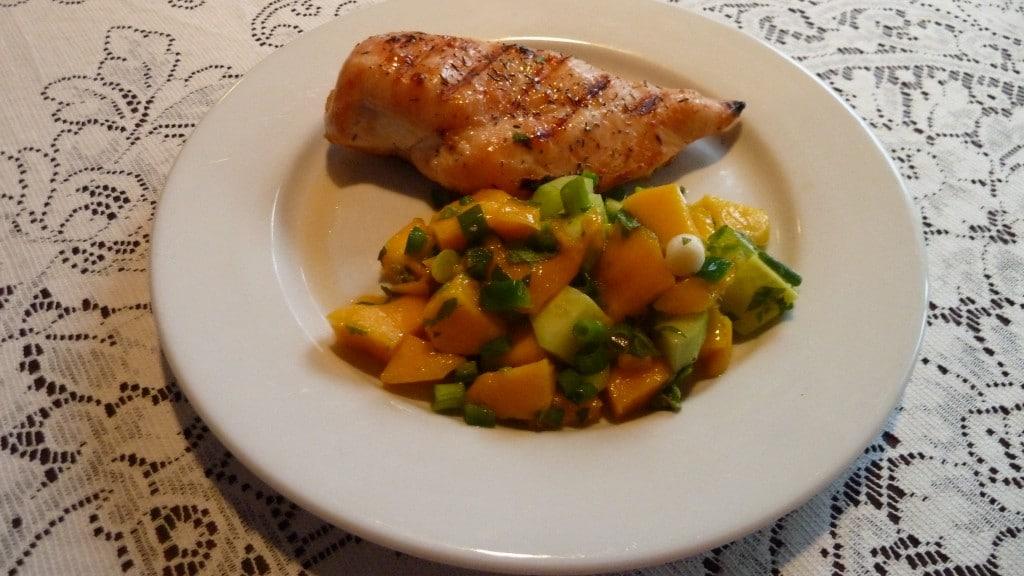 Grilled chicken breast & mango salsa