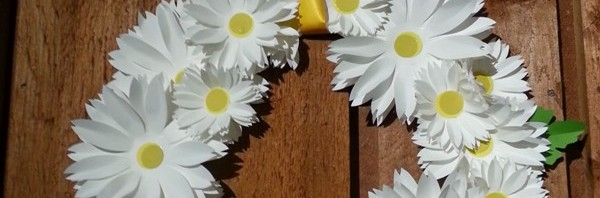 Crafts: Knitting and a Daisy Wreath