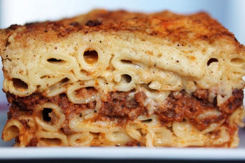 pastitsio recipe-baked pasta with meat sauce